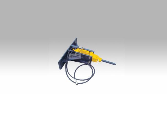 Hydraulic breaker for mini loader