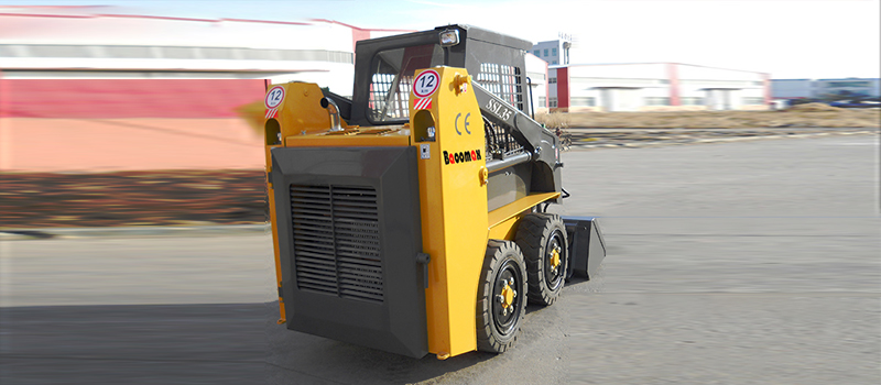 backside image of SSL35 skid steer loader
